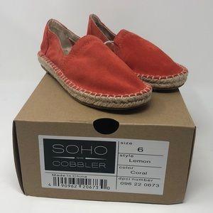 Women's Coral Sandals size 6 NIB
